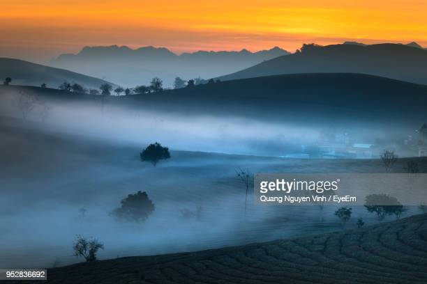 scenic view of mountains against sky during sunset - son la stock pictures, royalty-free photos & images