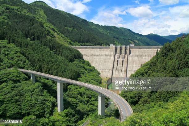 scenic view of mountains against sky - 埼玉県 ストックフォトと画像
