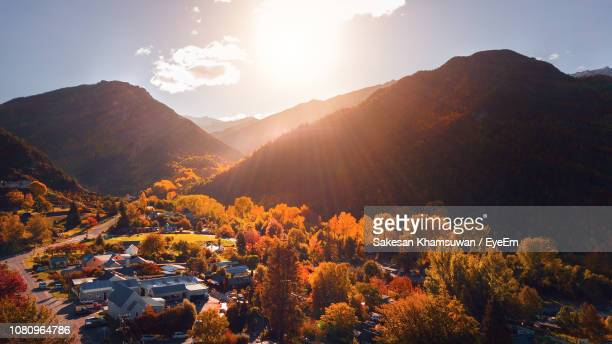 scenic view of mountains against sky - arrowtown stock pictures, royalty-free photos & images