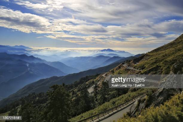 scenic view of mountains against sky - hualien county stock pictures, royalty-free photos & images