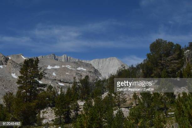 scenic view of mountains against sky - idaho falls stock pictures, royalty-free photos & images