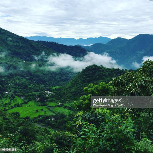 scenic view of mountains against sky - uttarakhand stock pictures, royalty-free photos & images