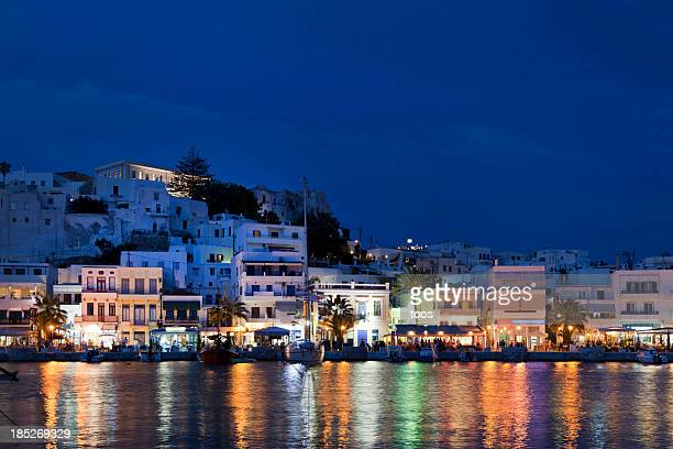 scenic view of naxos, greece, at night - naxos stockfoto's en -beelden