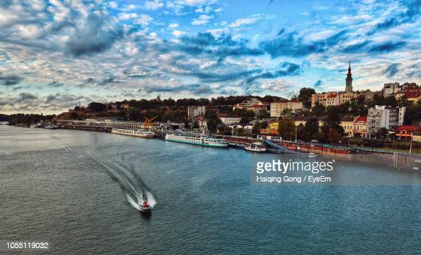 scenic view of river against sky in city - belgrade serbia stock pictures, royalty-free photos & images