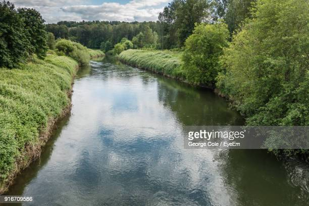 scenic view of river against sky - kent washington state stock pictures, royalty-free photos & images