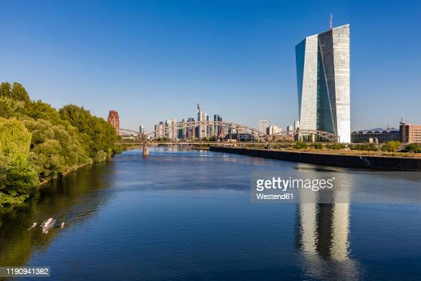 scenic view of river main against clear blue sky in frankfurt, germany - 欧州中央銀行 ストックフォトと画像