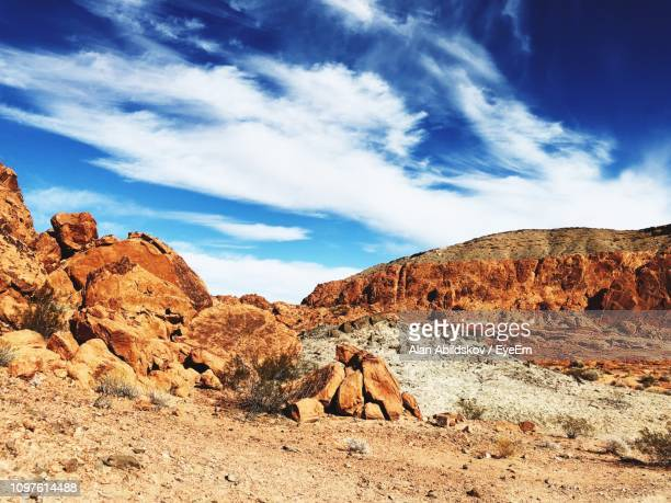 scenic view of rock formations against sky - nevada photos et images de collection