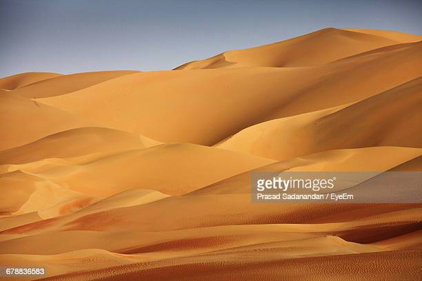 scenic view of sand dunes - sand dune stock pictures, royalty-free photos & images