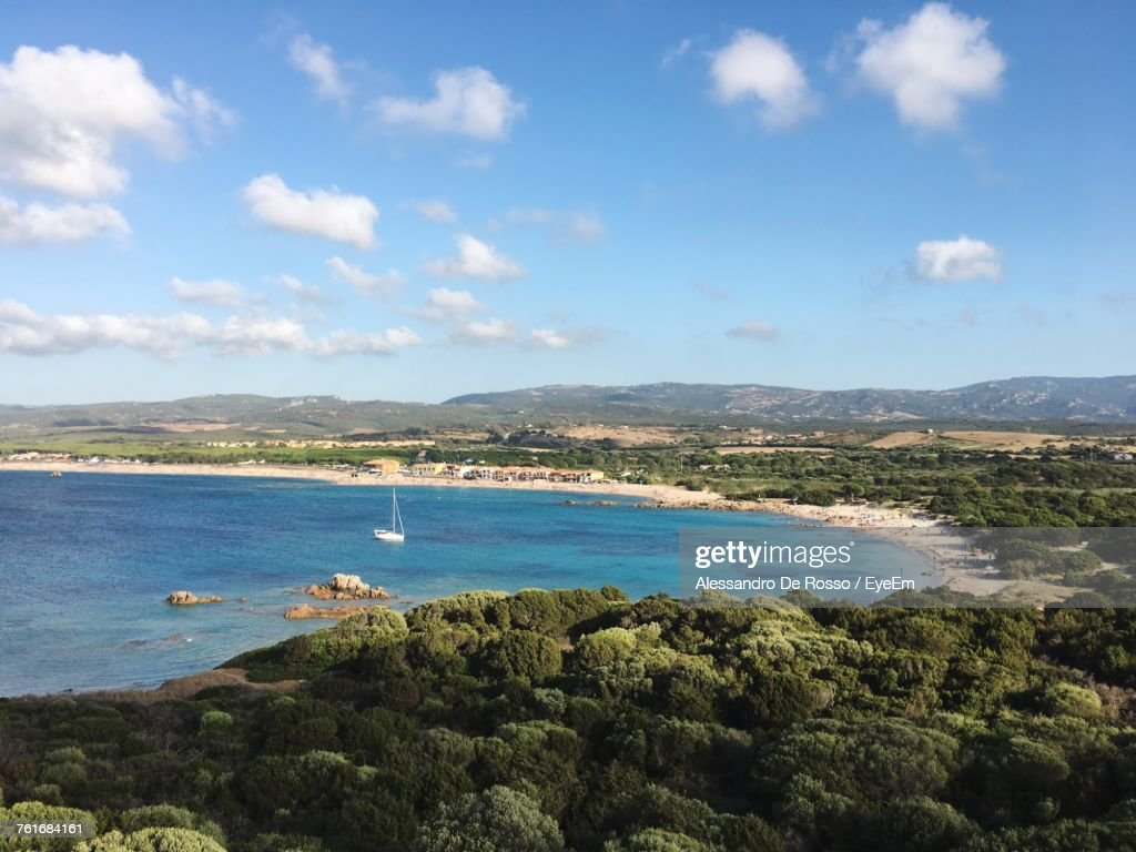 Scenic View Of Sea Against Blue Sky : Foto stock