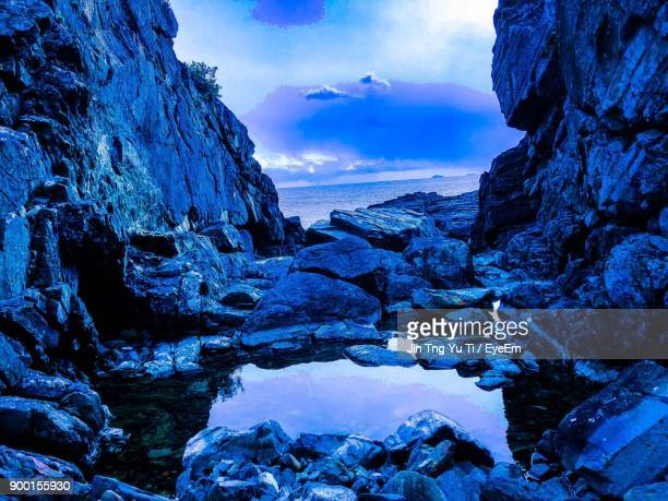 scenic view of sea against blue sky - yonago stock pictures, royalty-free photos & images