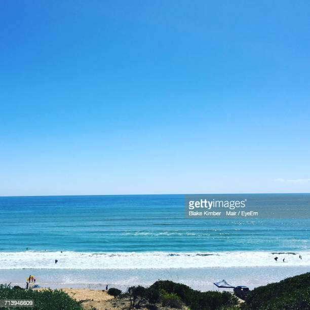 scenic view of sea against clear blue sky - ウィランガ ストックフォトと画像