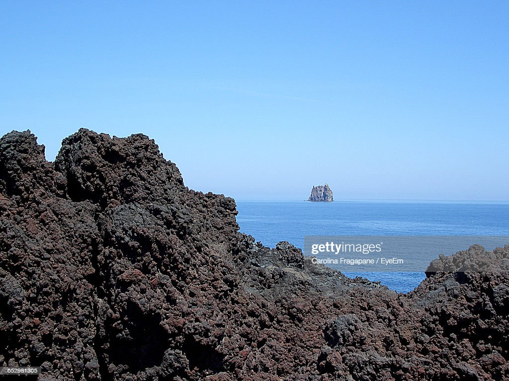 Scenic View Of Sea Against Clear Sky : Foto stock