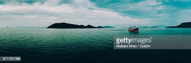 scenic view of sea against cloudy sky - kagawa ストックフォトと画像