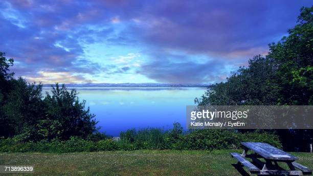 scenic view of sea against cloudy sky - cavan images foto e immagini stock