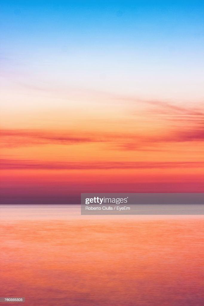 Scenic View Of Sea Against Dramatic Sky : Stock-Foto