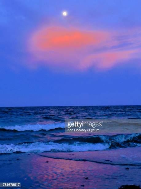 scenic view of sea against sky at sunset - delray beach stock pictures, royalty-free photos & images