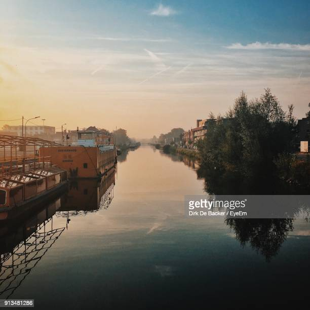 scenic view of sea against sky at sunset - mechelen stock pictures, royalty-free photos & images