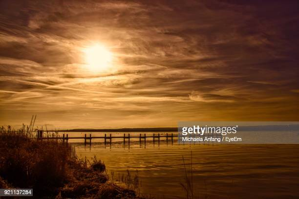 scenic view of sea against sky at sunset - anfang stock pictures, royalty-free photos & images