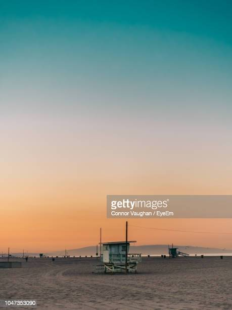 scenic view of sea against sky during sunset - santa monica los angeles foto e immagini stock