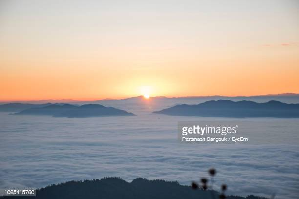 scenic view of sea against sky during sunset - pattanasit stock pictures, royalty-free photos & images
