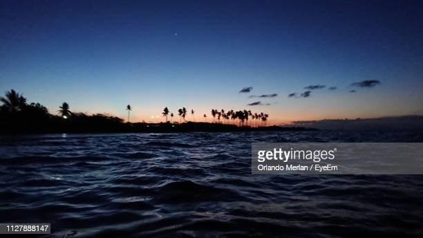 scenic view of sea against sky during sunset - special:whatlinkshere/file:lucerne_circle,_orlando,_fl.jpg stock pictures, royalty-free photos & images