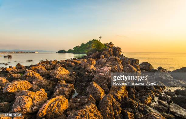 scenic view of sea against sky during sunset - prachuap khiri khan province stock pictures, royalty-free photos & images