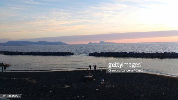 scenic view of sea against sky during sunset - gianluca langella imagens e fotografias de stock