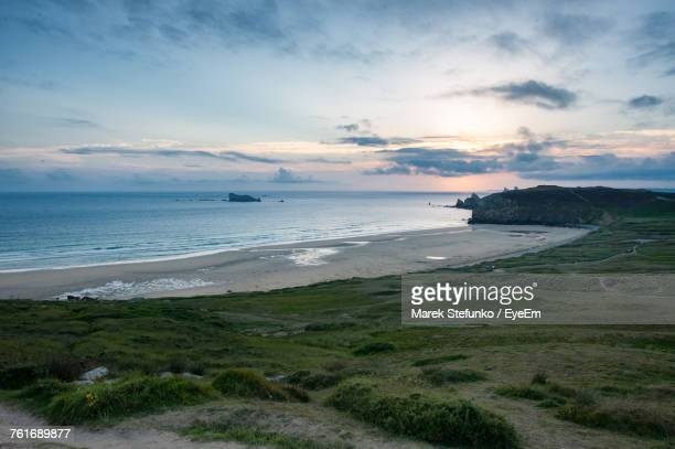 scenic view of sea against sky during sunset - marek stefunko - fotografias e filmes do acervo