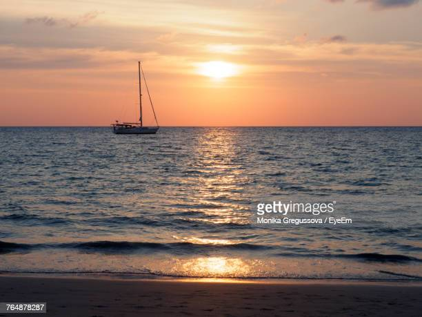 scenic view of sea against sky during sunset - monika gregussova stock pictures, royalty-free photos & images