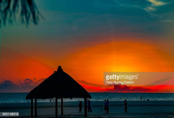 scenic view of sea against sky during sunset - フォートマイヤーズ ストックフォトと画像