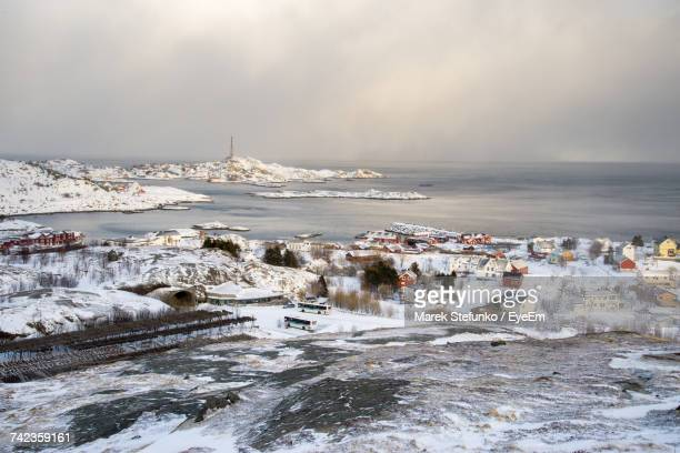scenic view of sea against sky during winter - marek stefunko - fotografias e filmes do acervo