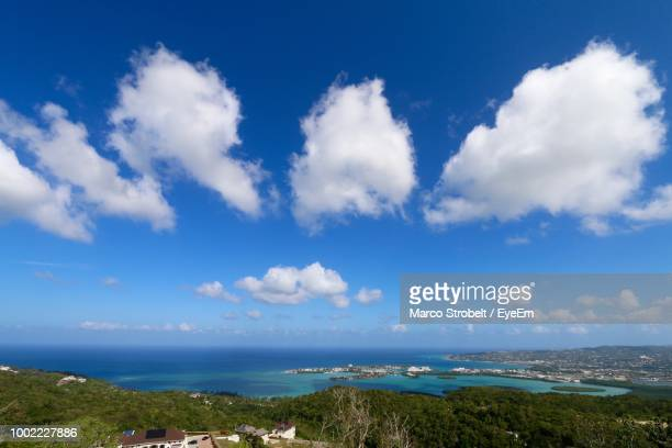 scenic view of sea against sky - montego bay stock pictures, royalty-free photos & images