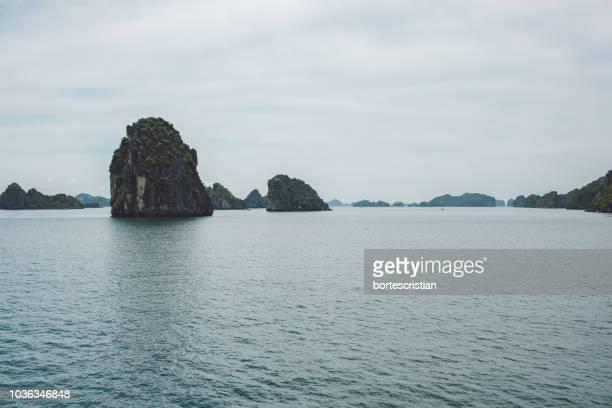 scenic view of sea against sky - bortes stock-fotos und bilder