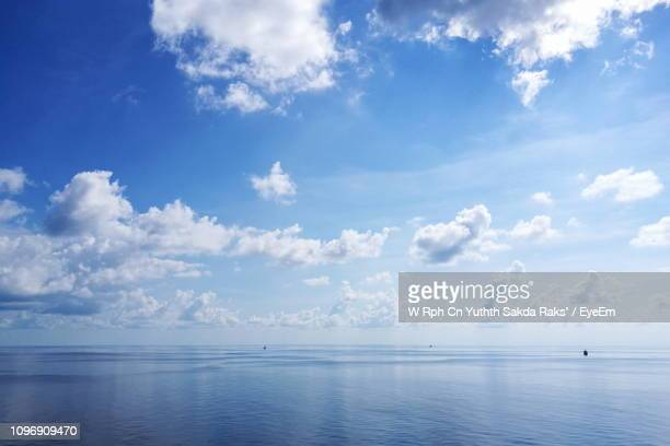 scenic view of sea against sky - cloud sky stock pictures, royalty-free photos & images