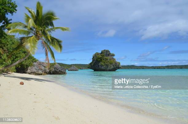 scenic view of sea against sky - fiji stock pictures, royalty-free photos & images
