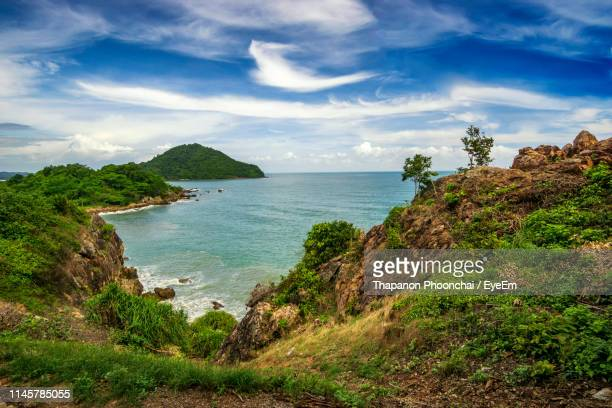 scenic view of sea against sky - chanthaburi stock pictures, royalty-free photos & images