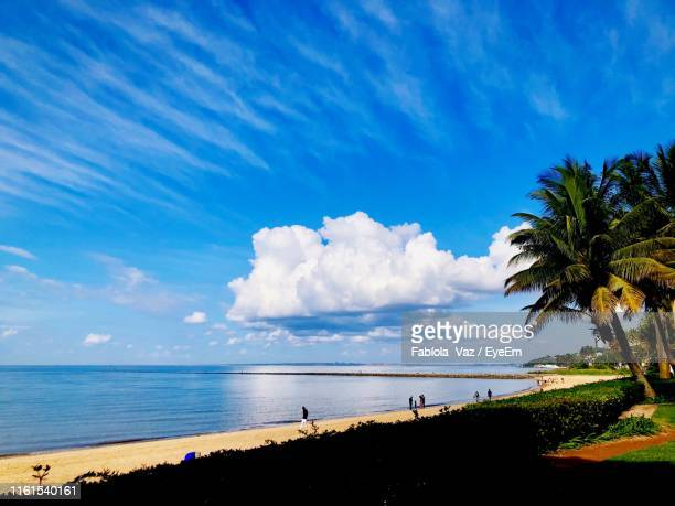 scenic view of sea against sky - maputo city stock pictures, royalty-free photos & images