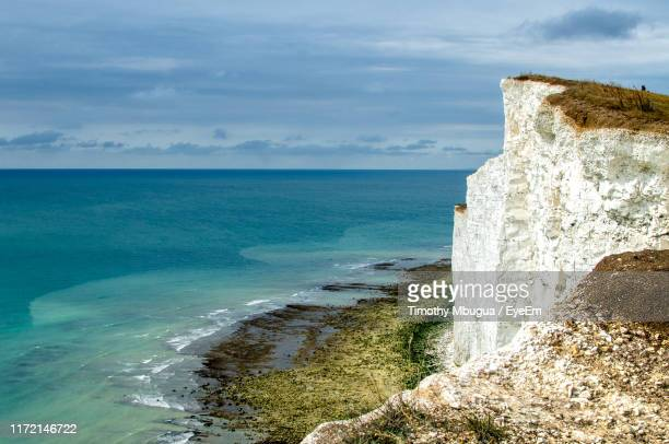scenic view of sea against sky - dover england stock pictures, royalty-free photos & images