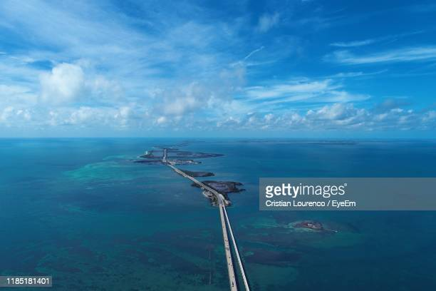 scenic view of sea against sky - seven mile bridge stock pictures, royalty-free photos & images
