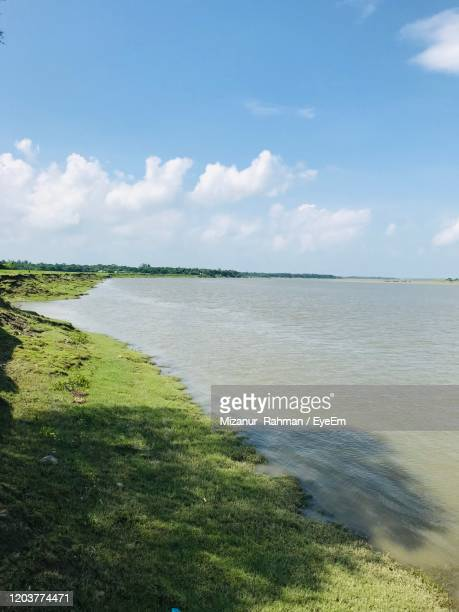 scenic view of sea against sky - mizanur rahman stock pictures, royalty-free photos & images