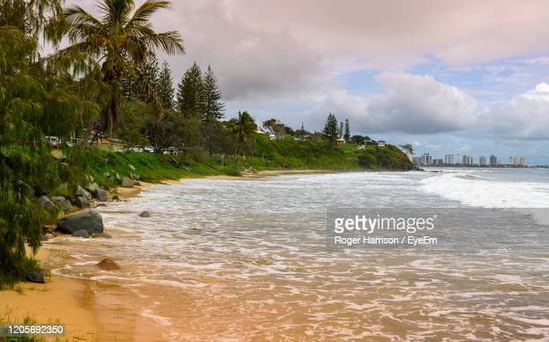scenic view of sea against sky - mooloolaba stock pictures, royalty-free photos & images
