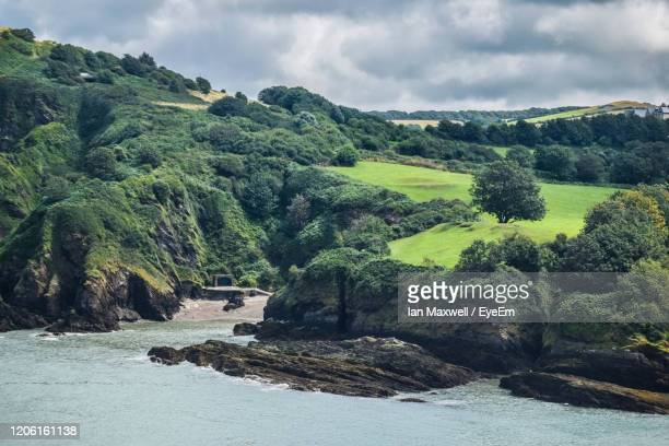 scenic view of sea against sky - ilfracombe stock pictures, royalty-free photos & images