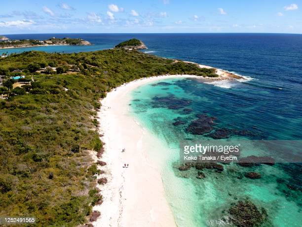 scenic view of sea against sky - antigua & barbuda stock pictures, royalty-free photos & images