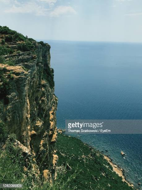 scenic view of sea against sky - bouches du rhone stock pictures, royalty-free photos & images