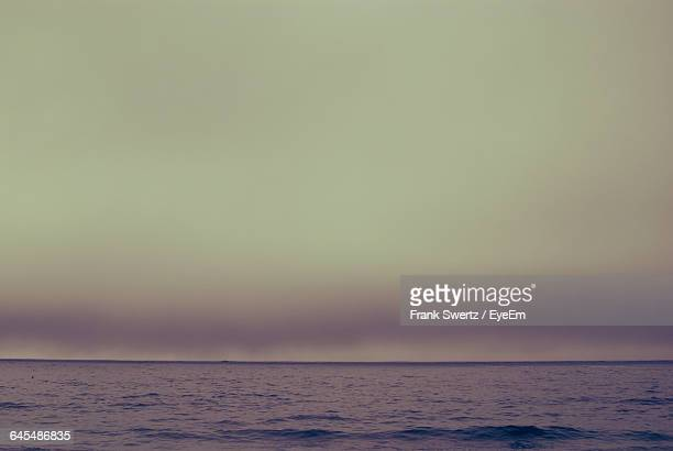 scenic view of sea against sky - frank swertz stock pictures, royalty-free photos & images