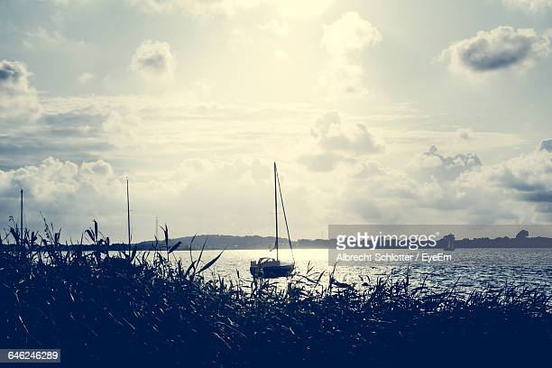 scenic view of sea against sky - albrecht schlotter stock photos and pictures