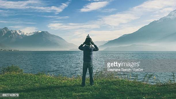 scenic view of sea against sky - piggyback stock photos and pictures