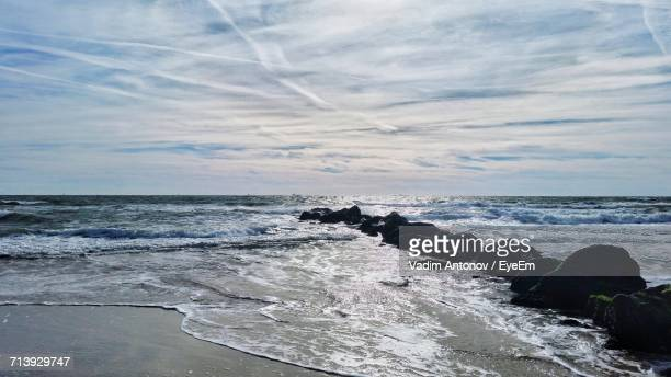scenic view of sea against sky - antonov stock pictures, royalty-free photos & images
