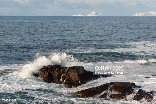 scenic view of sea against sky - marek stefunko stockfoto's en -beelden