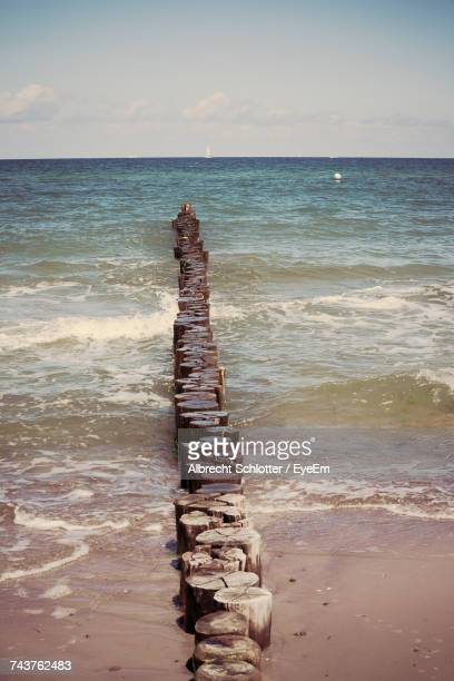 scenic view of sea against sky - albrecht schlotter foto e immagini stock